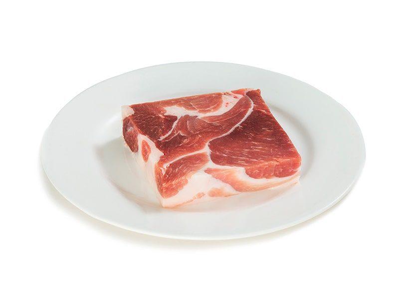 Лопатка свиная замороженная категории Б